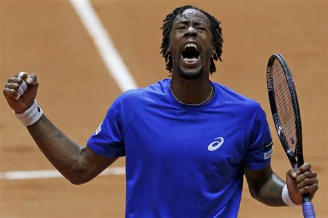 Gael monfils gives tips on how to be flexible as a tennis player. Monfils crushes Federer in stunning Davis Cup upset | eNCA