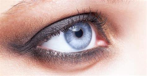 Quels fards à paupières pour les yeux bleus ? . fourchette & bikini