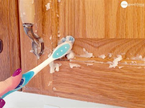 clean grimy kitchen cabinets   ingredients  good   jillee