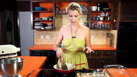 Flan Hilah Cooking