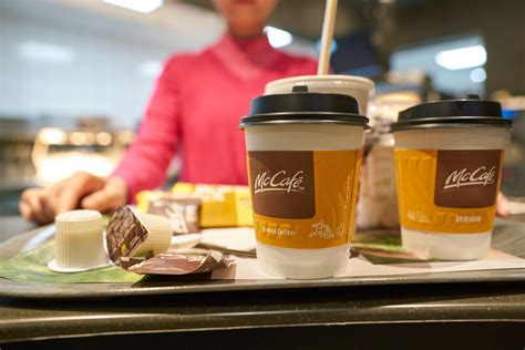 The mcdonalds' coffee case 01/07/2017 09:04 am et updated jan 07, 2018 in 1992, stella liebeck of albuquerque, new mexico, was in the passenger seat of her grandson's car when she was severely burned by a cup of coffee purchased at a local mcdonalds' drivethrough window. McDonald's Hit With Hot Coffee Lawsuit in Canada | Top Class Actions Canada