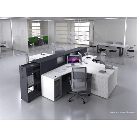 configuration bureau bureau opératif 90 degrés logic noir et blanc