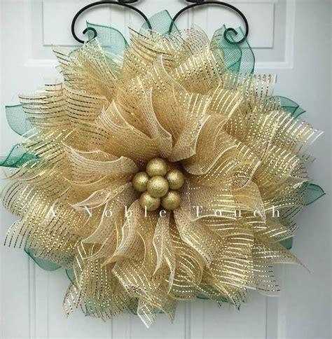 poinsettia wreath christmas wreath poinsettia flower