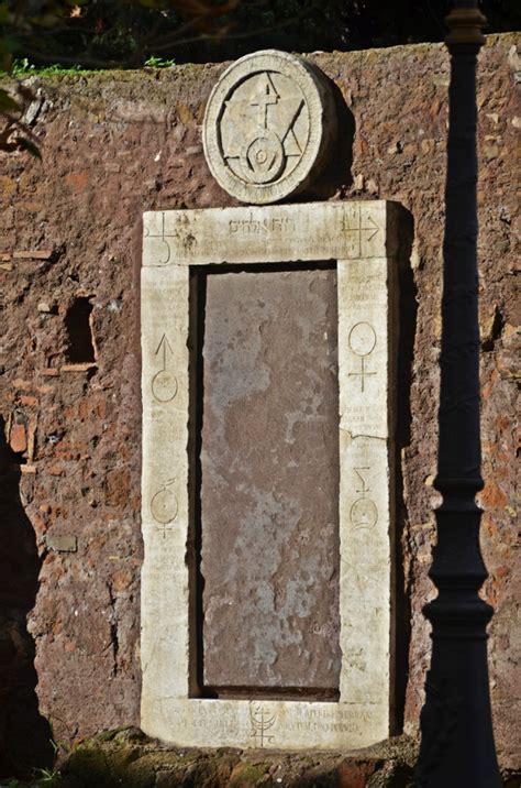 La Porta Magica Di Roma by La Porta Magica Di Villa Palombara L Archipendolo