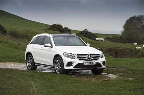 Mercedes Glc by Mercedes Glc 350d 4 Matic Amg Line 2017 Review By Car