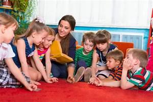 Krippe Zum Spielen : kreisspiele kinderspiele ~ Frokenaadalensverden.com Haus und Dekorationen