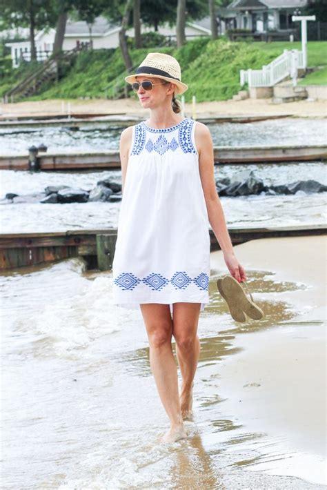 favorite flip flops   perfect summer dress
