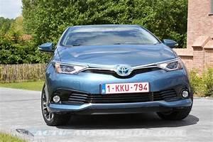 Toyota Auris Design : essai nouvelle toyota auris hybride conqu rante ~ Medecine-chirurgie-esthetiques.com Avis de Voitures