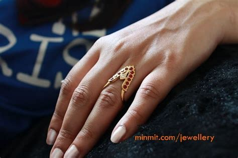 traditional southindian style hand finger ring bling