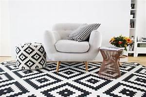 Coussin Style Scandinave : le tapis scandinave s invite dans l int rieur 26 id es nordiques ~ Teatrodelosmanantiales.com Idées de Décoration