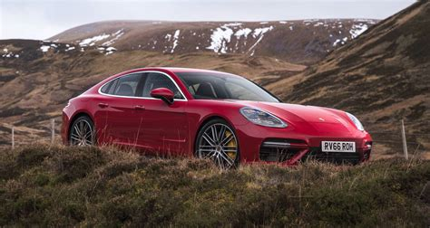If you set yourself ambitious goals in life you have to approach them with courage and passion. Precios Porsche Panamera Turbo 2020 - Descubre las ofertas del Porsche Panamera Turbo | Qué ...