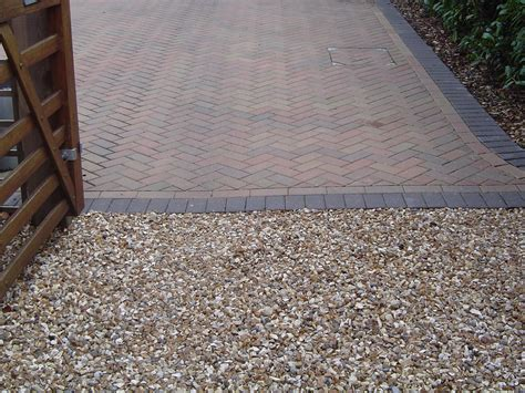 gravel pavement premierdriveways paving civil engineering and hard landscaping in farnborough gravel