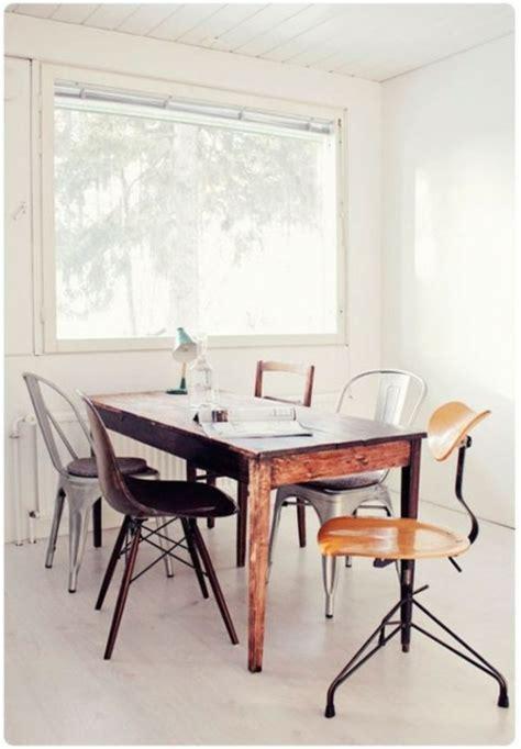 Esstisch Verschiedene Stühle by 37 Ideen Verschiedene St 252 Hle Im Esszimmer Zu Verwenden