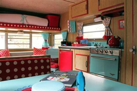 caravane cuisine meuble cuisine caravane cool placard de pavillon