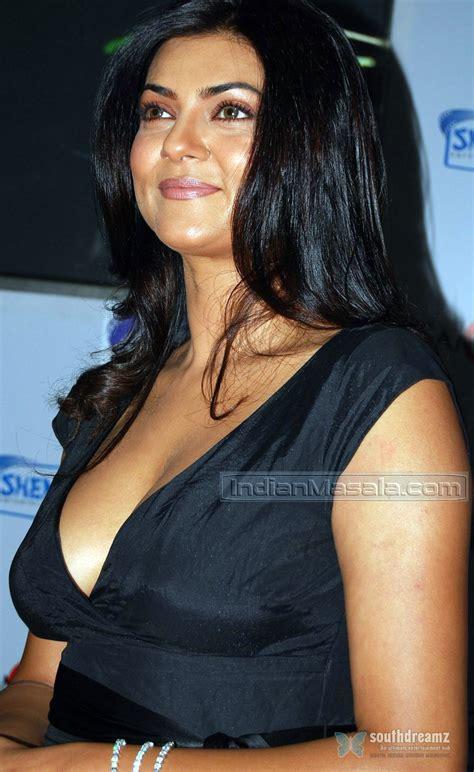 indian bollywood glamour actress sushmita senhigh