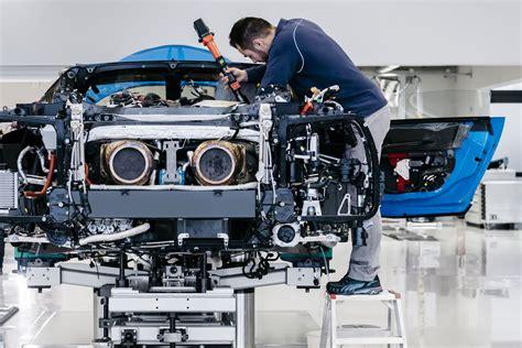 1992 bugatti eb 110 ss 600 ps, 1735 kg chironss 1w ago i do believe this might be the first production bugatti chiron supersport 300+. Plus de 1500 ch pour la prochaine Bugatti...hybride