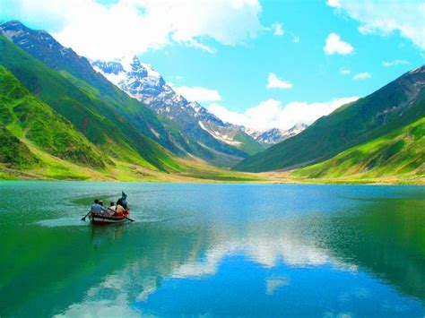 pakistan colours chitral vally