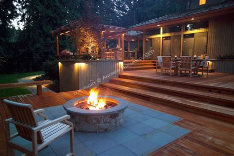 square foot  level deck outdoor kitchen