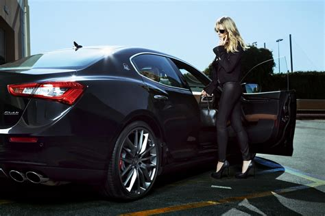 Luxury Car Makers Focus On Women Drivers