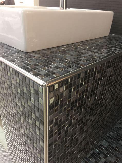 unterkonstruktion waschtisch aus wedi bauplatten mosaik