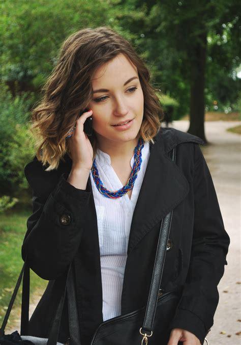 fotos gratis mujer cabello cuero publicidad modelo