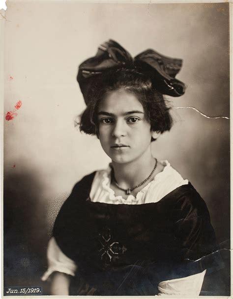Frida Kahlo  Ihr Werk  Moderne Kunst Verstehen