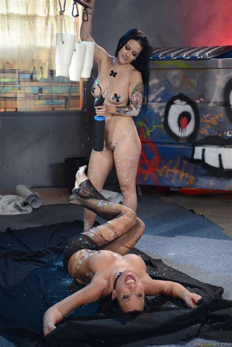 Katrina Jade Sharing Cum And Cock With A Hottie Photos