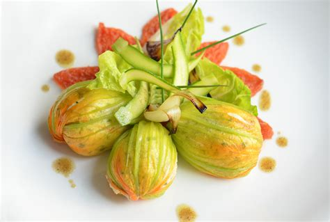 cuisiner fleur de courgette recipe stuffed courgette flowers