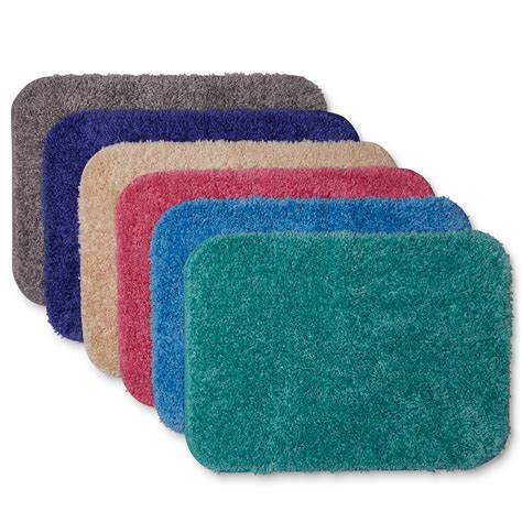 Modern Bathroom Rugs And Towels by Essential Home Sutton Bath Rug Universal Lid Or Contour