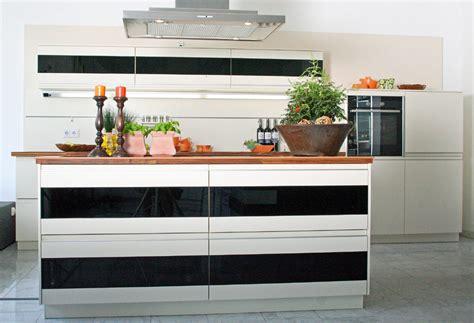 Maco Möbel Küchen by Exklusiven Kuchen Brummel Edgetags Info