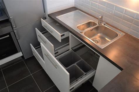 poubelle de cuisine sous evier tiroirs sous évier avec poubelles intégrées evier 1 cuve