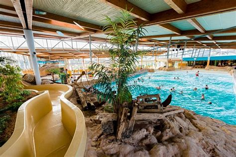 Germany's Arriba Water Park To Segregate Men And Women