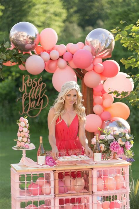 rose bar  balloon garland   stylish party rose