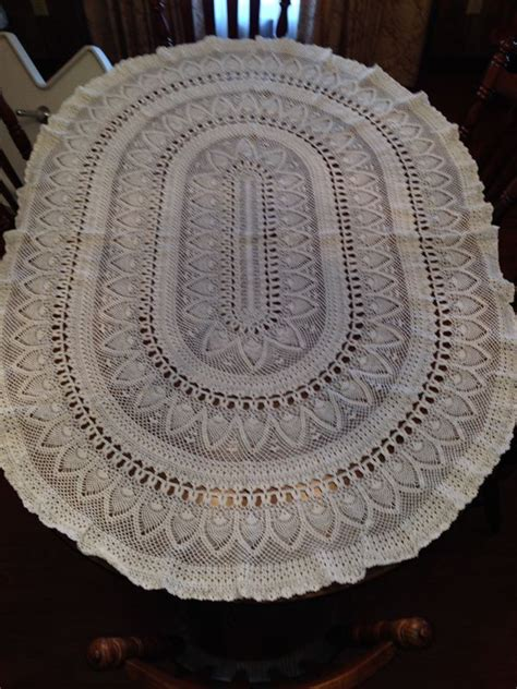 tablecloth for oval table oval tablecloth crochet pinterest more oval