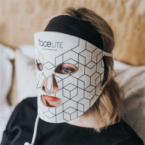 faceLITE LED face Mask | Anti-Aging red light therapy