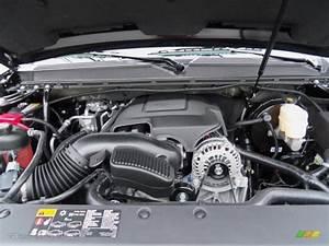 2012 Chevrolet Suburban Z71 4x4 Engine Photos