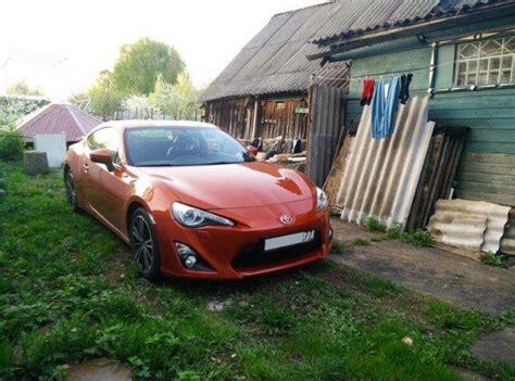 Luksus klases automašīnas, kas dīvaini izskatās Krievijas ...