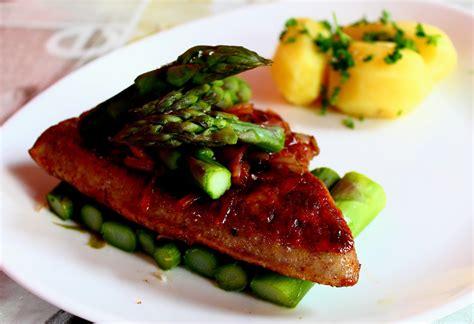 cuisiner foie de veau à vous de goûter ce soir foie de veau poêlé