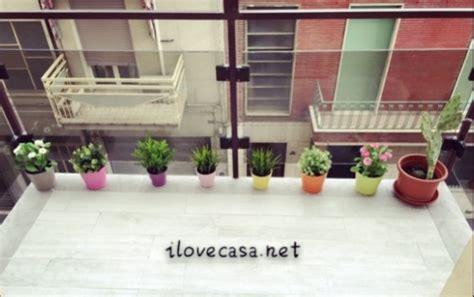 come arredare il terrazzo di casa come arredare terrazzo piccolo con piante accessori erba