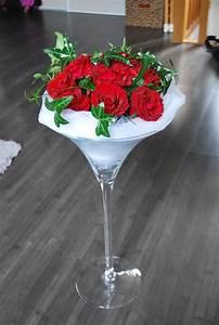 decors blanc et rouge composition florale en vase With chambre bébé design avec composition fleur mariage