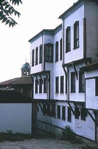 les maisons traditionnelles de plovdiv With maison en l avec tour 6 les maisons les plus bizarres du monde