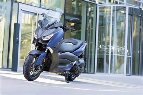Yamaha X Max 2018 by 2018 Yamaha X Max 400 Announced For Europe Motorcycle