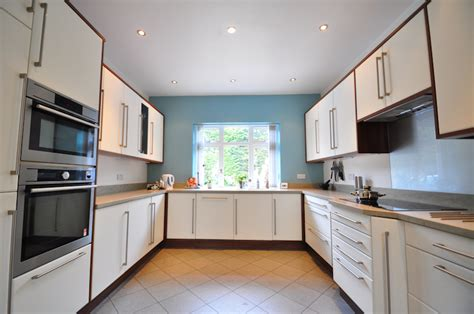 Kitchen Designs Uk 2015 by What S New For Kitchen Designs This Of The