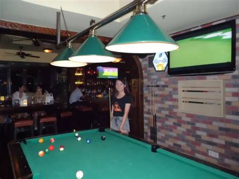 pool tables direct reviews big screen and pool table picture of big bamboo sports