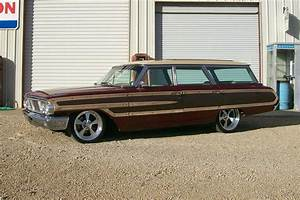 1964 Ford Country Squire Custom Station Wagon139072