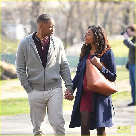 naomie harris will smith movie will smith naomie harris kiss while filming collateral