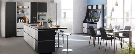 cuisine moderne grise beton design en ilot ambiance