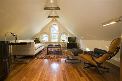 awesome ways  revamp  attic  extra room