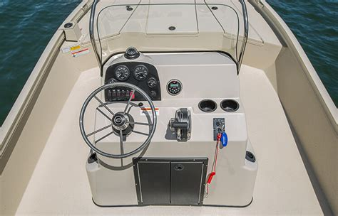 Best Center Console Boats by Crestliner S Best Center Console Aluminum Boats The Bay