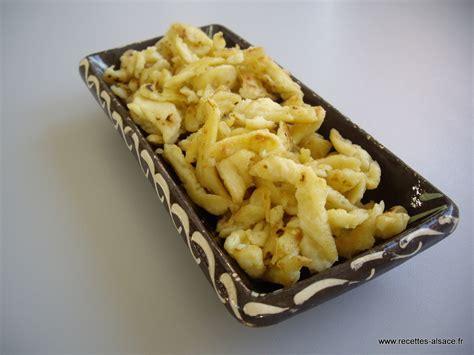 cuisiner des spaetzle spaetzle pâtes alsaciennes recettes d 39 alsace